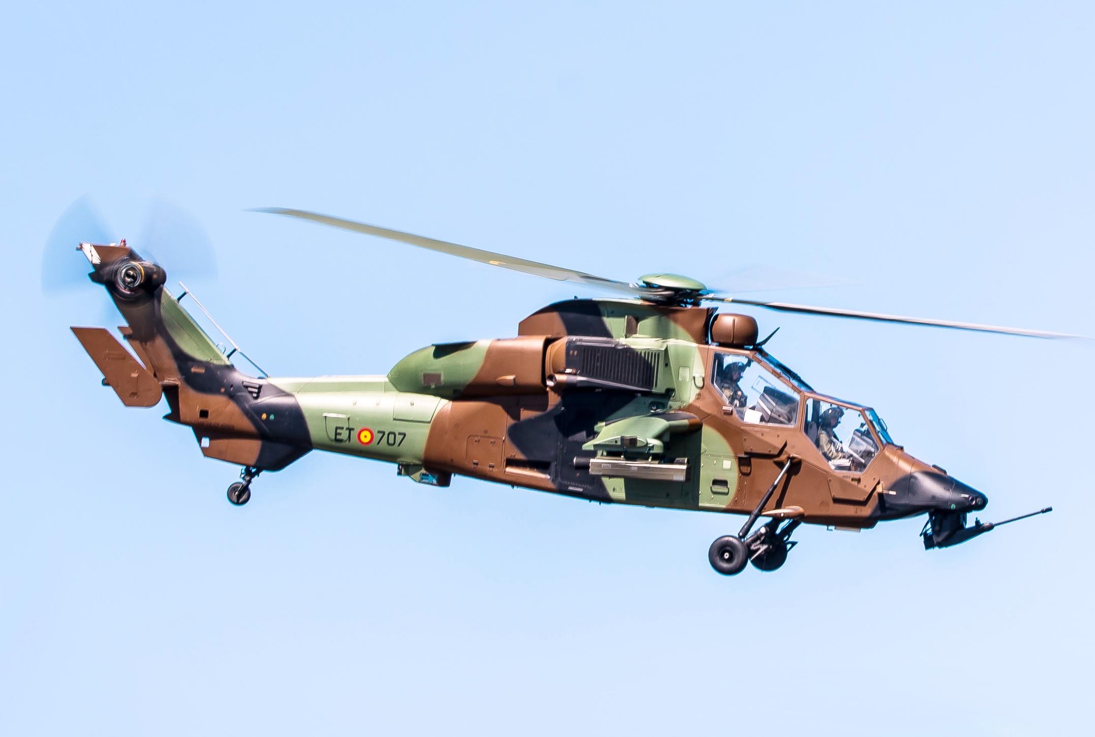 España tiene almacenados seis helicópteros militares por valor de 380 millones de euros